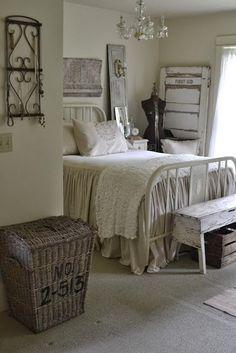 Shabby Bedroom in white
