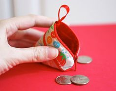 Make a coin purse from a ribbon!