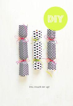 Studio ToutPetit: Counting down to Christmas * DIY Christmas Crackers