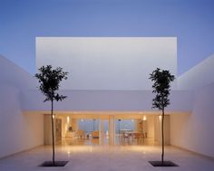 Minimalist Architecture Casa Guerrero by Alberto Campo Baeza