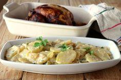 Te enseñamos a preparar de manera sencilla la receta de patatas a la mayordomo, con tiempo, ingredientes y fotos paso a paso Carne Asada, Fiesta Party, Paella, Lasagna, Italian Recipes, Potato Salad, Tapas, Spaghetti, Beverages