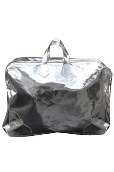An Awesome Travel Look? It's In The Bag #refinery29  http://www.refinery29.com/weekend-carry-on-travel-bags#slide10