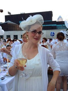 Virgin Radio 96 :: LKISEvents: White Out at Diner en Blanc - Virgin Radio LKISStyle :: Virgin Radio LKISStyle Blog Entry