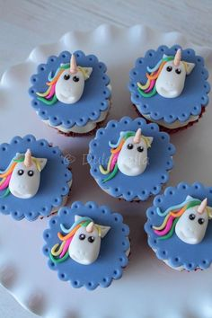 https://flic.kr/p/Cdcvhg | Unicorn cupcake toppers