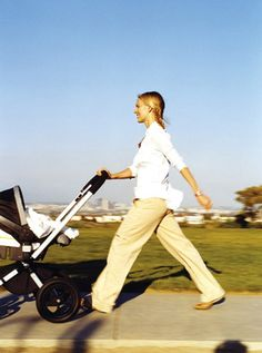 The Stroller Workout: Lose the baby weight with a fun, stroller-based #workout!