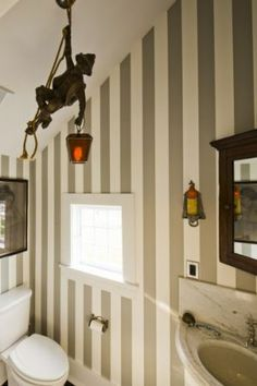 Powderroom in Kate and Andy Spade home - the Hamptons.jpg
