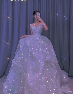Big Dresses, Unique Prom Dresses, Quince Dresses, Pretty Dresses, Beautiful Dresses, Princess Ball Gowns, Princess Wedding Dresses, Dream Wedding Dresses, Sparkly Gown