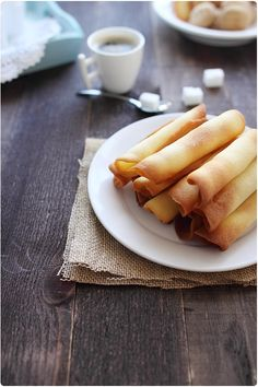 Czech Parisian cookies or parizske pecivo are better known as pirouette, cigarettes russes, or rolled cookies. Sweet Desserts, No Bake Desserts, Sweet Recipes, Pirouette Cookies, Polish Recipes, Polish Food, Czech Recipes, Beignets, No Bake Cookies