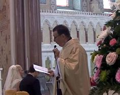 Priest serenades bride and groom in wedding surprise (Video) .. http://www.allvoices.com/contributed-news/16857556-priest-serenades-bride-and-groom-in-wedding-surprise-video