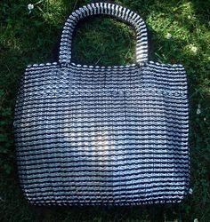 A soda tab purse!