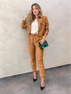 19c7f631f 10 melhores imagens de Vestido com jaqueta de couro