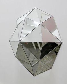 Ellens album: Geometric mirrors