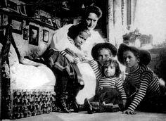 Alix with Maria, Anastasia, and Alexei