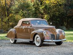 1938 Lincoln Zephyr Convertible Coupe - (Lincoln Motor Company, a division of Ford Motor Company, Dearborn, Michigan American Classic Cars, Ford Classic Cars, Lincoln Zephyr, Auto Retro, Roadster, Classy Cars, Unique Cars, Us Cars, Car Ford
