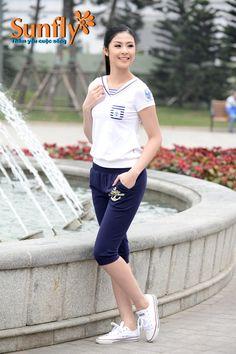 Bộ Sport - Quần ngố, cộc tay cho cô nàng yêu thể thao nè Giá: 339,000 VNĐ Màu: xanh, hồng, đỏ mận, tím than Xem xhi tiết: http://sunfly.com.vn/san-pham/sunfly-sport
