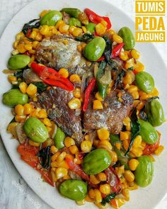 TUMIS PEDA JAGUNG New Recipes, Cooking Recipes, Indonesian Food, Indonesian Recipes, Pot Roast, Cobb Salad, Seafood, Food And Drink, Diet