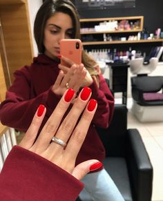 Mi piace, 21 commenti - Ideas For Manicure ( Stylish Nails, Trendy Nails, Cute Nails, Minimalist Nails, Perfect Nails, Gorgeous Nails, Nail Manicure, Gel Nails, Nagel Blog