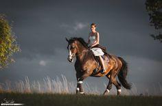 Johanna und Paula im Galopp | Pferdefotografie München