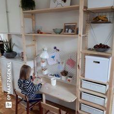Ikea Office, Ikea Desk, Ikea Craft Room, Ikea Storage, Storage Racks, Student Room, Best Desk, Bookshelf Design, Toy Rooms