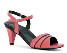 Caesar Women's Shoe. Can't decide, guava or black/bisque?