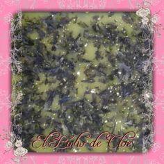 seguimos con las flores!! Esta vez #jabon de #pétalos #malva con esencia de #vainilla #jabonesartesanales #jabonesdeaceites #jabonesdecorativos #soap #oilsoap #handmade #regalos #elbuhodecloe