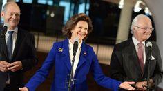 Olaf Scholz, Königin Silvia von Schweden und Carl Gustaf in der Elbphilharmonie. © dpa-Bildfunk Fotograf: Daniel Reinhardt