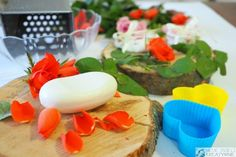 przepis na mydło Diy, Table Decorations, Breakfast, Food, Morning Coffee, Bricolage, Essen, Do It Yourself, Meals