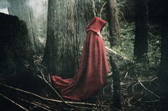 Creative Riding, Creepy, Hood, and Red image ideas & inspiration on Designspiration Little Red Ridding Hood, Red Riding Hood, Story Inspiration, Character Inspiration, Writing Inspiration, Charles Perrault, Big Bad Wolf, Red Hood, Cloak