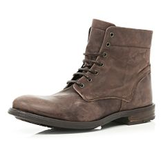 Leather lace-up military boots in brown
