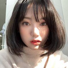Ulzzang Short Hair, Asian Short Hair, Girl Short Hair, Short Girls, Korean Beauty, Asian Beauty, Ulzzang Girl Fashion, Aesthetic Girl, Girl Pictures