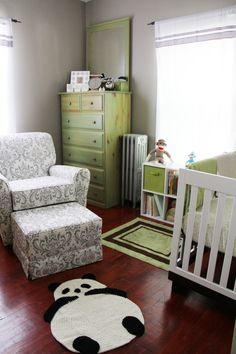 Green and White Baby Nursery - loving the panda rug Bedroom Themes, Nursery Themes, Bedroom Decor, Nursery Ideas, Nursery Room, Bedrooms, Panda Kindergarten, Panda Nursery, Monkey Nursery