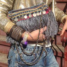 Trendy Crochet Bag Boho Hippie Gypsy Fashion Ideas Knit bags have always been… Boho Gypsy, Boho Hippie, Hippie Style, Look Hippie Chic, Look Boho, Bohemian Mode, Gypsy Style, Bohemian Style, Bohemian Bag