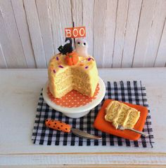 Miniature Halloween Cake With Ghost Black by LittleThingsByAnna