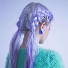 I like this and I think it'd look ok when my hair starts to grow back in, because dark roots would look good? maybe? idk