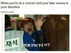 So true! And to be exact xD Luhan is my Bias....would be creepy if he waved at you like this :'D
