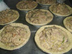 WinningRecipesBlog: Coq au Vin Chicken Mushroom Pies incl Pie Bottoms and Puff Pastry Lids