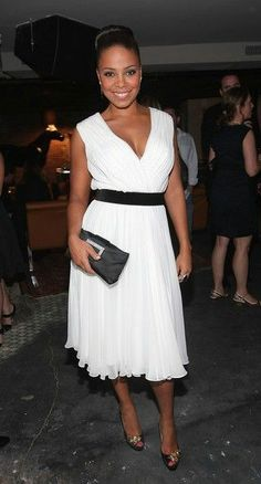 Curves and Confidence | Inspiring Curvy Women One Outfit At A Time: Fashion Fancy - Sanaa Lathan