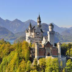 Castillo Neuschwanstein, Baviera (Alemania).                              …