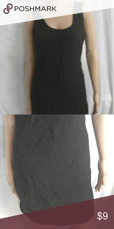 Black Forever 21 large knee length dress This is a black dress from forever 21. It is a junior large. Short sleeve and scoop neck. Wore a few times. Forever 21 Dresses Midi