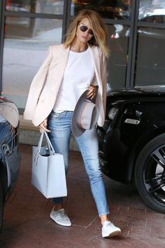 Off Duty Supermodel Style