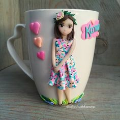 Polymer Clay Figures, Polymer Clay Dolls, Fondant Figures, Polymer Clay Crafts, Polymer Clay Jewelry, Clay Cup, Clay Design, Cute Mugs, Cold Porcelain