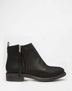 Image 2 ofNew Look Zip Side Flat Ankle Boot