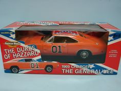 Ertl Collectibles 2003 American Muscle  Dukes of Hazzard 1969 Charger The General Lee #01
