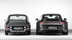 PHOTOS OF CLASSIC CARS NEXT TO THEIR MODERN VERSION - Porsche