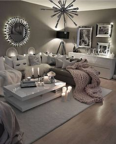 48 cozy farmhouse living room decor ideas you .- 48 gemütliche Bauernhaus Wohnzimmer Dekor Ideen, die Sie im Dorf 14 fühlen lassen 48 cozy farmhouse living room decor ideas that will make you feel in the village 14 - Cozy Living Rooms, Living Room Grey, Apartment Living, Home And Living, Modern Living, Silver Living Room, Living Area, Luxury Living, Decorating Ideas For The Home Living Room