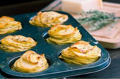 These Parmesan potato stacks make a great side dish or appetizer that your family and guests will definitely enjoy. They are also very flavorful because of the thyme, garlic and parmesan which I always love to pair when cooking potatoes. THESE ARE DELISH Side Dish Recipes, Vegetable Recipes, Vegetarian Recipes, Cooking Recipes, Cooking Pasta, Cooking Games, Cooking Videos, Slow Cooking, Parmesan Potatoes
