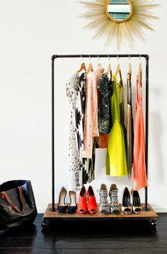 La petite fabrique de rêves: Do It Yourself : une penderie bien habillée ! Rédaction Vinciane Fiorentini-Michel