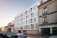 Zoomfactor Architectes 11 housing bbc . firminy