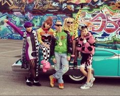 2ne1   jeremy scott Come visit kpopcity.net for the largest discount fashion store in the world!!