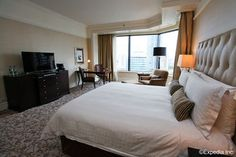 Four Seasons Hotel SingaporeThe Singapore Is Located In The Heart Of And